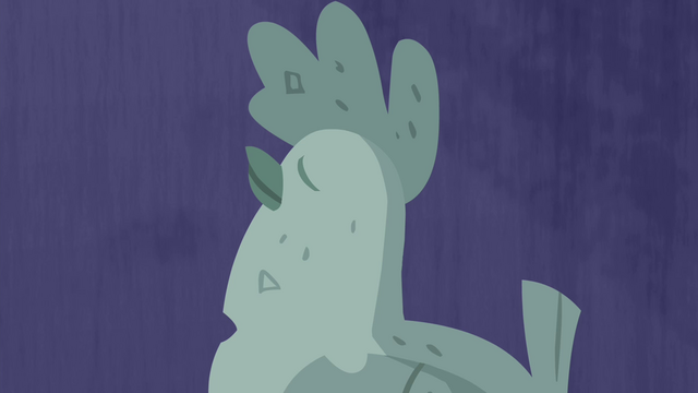 File:Antique chicken with dark blue background S4E22.png