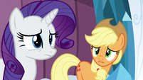 Rarity nodding S6E2