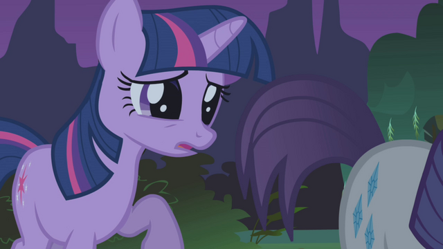 File:Twilight oh Rarity S1E2.png