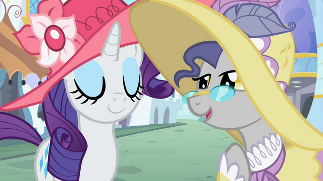 File:A pony talks to Rarity S2E09.png