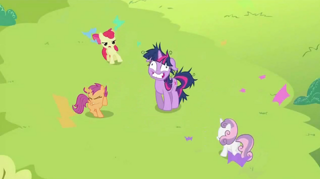 File:Twilight SUPRISE! S2E3.png