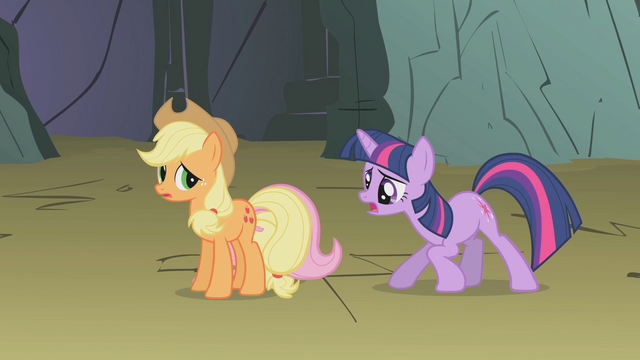 File:Twilight talks to hiding Fluttershy S1E07.png