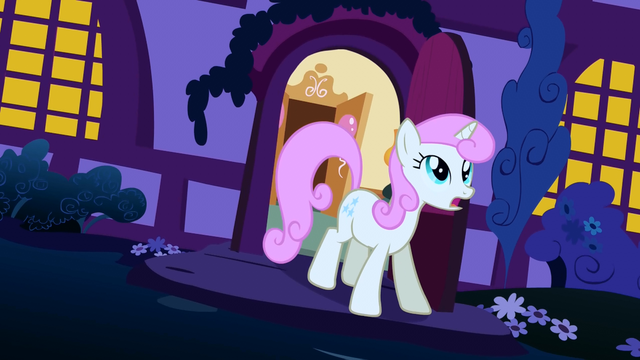 File:Twinkleshine comes out of her home S1E6.png