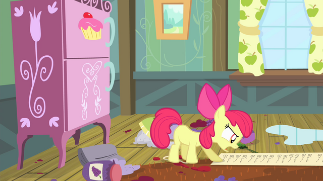 File:Apple Bloom reads the checklist S4E17.png
