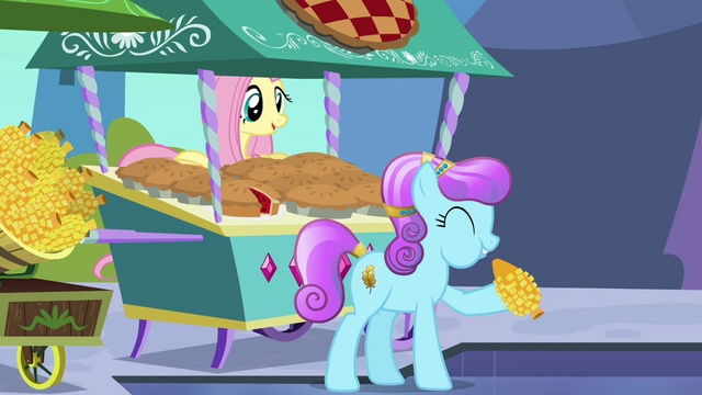 File:Fluttershy smiling S3E2.png