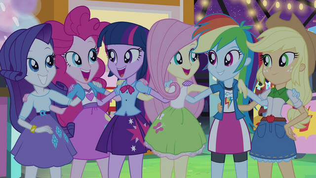 File:Twilight and friends together at the carnival EG2.png