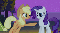 Applejack pointing at Rarity S2E05