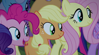 Applejack happy for the Crusaders S5E24