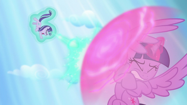 File:Twilight using shield bubble to shield herself from Starlight's magic beam S5E26.png