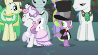 Spike and Sweetie Belle dancing 2 S2E26