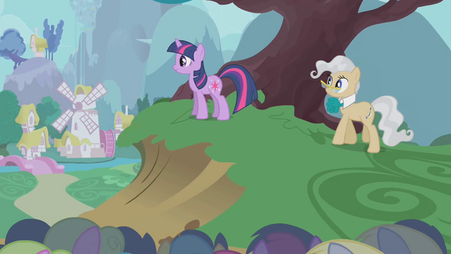 File:Twilight and Mayor happy over finishing S1E11.png