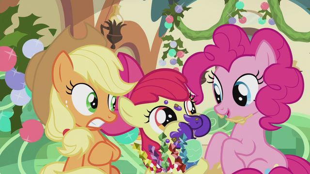 File:Apple Bloom stuffing her mouth with treats S5E20.png