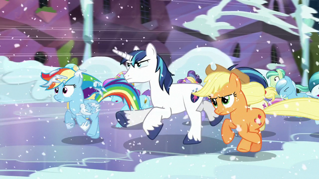 File:Rainbow running with the other ponies S6E2.png