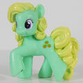 Wave 9 Blind Bag Apple Honey