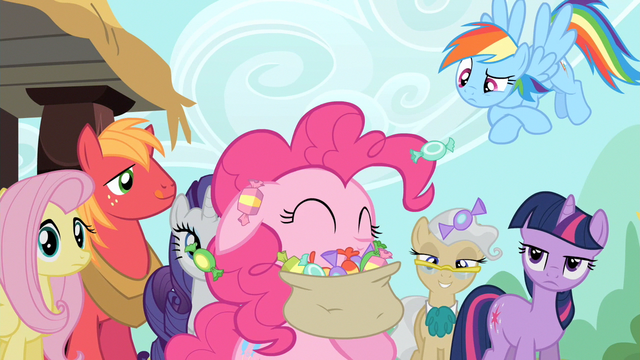 File:Pinkie Pie eating lots and lots of taffy S2E14.png