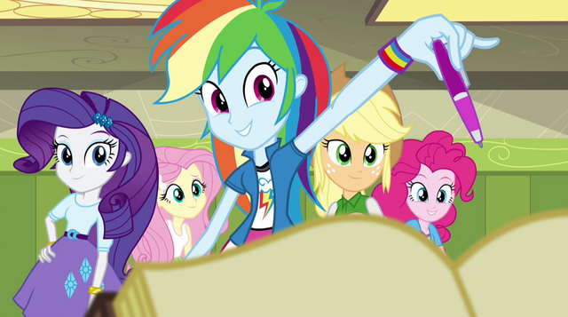File:Rainbow Dash holds out a pen to Sunset EG2.png