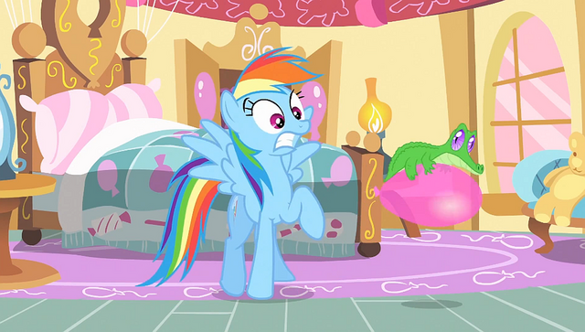 File:Rainbow sees Gummy bouncing on a balloon S1E25.png