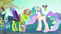 Thorax bowing to Princess Celestia S6E26