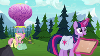 "Twilight ""one friend tells another friend's secret"" S5E23"