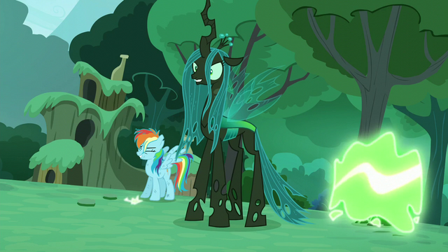 "File:""Rarity"" transforms into a changeling S5E26.png"