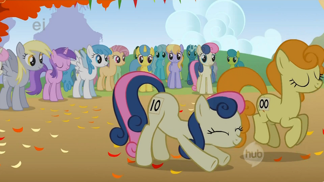 File:Sweetie Drops stretches before the race S1E13.png