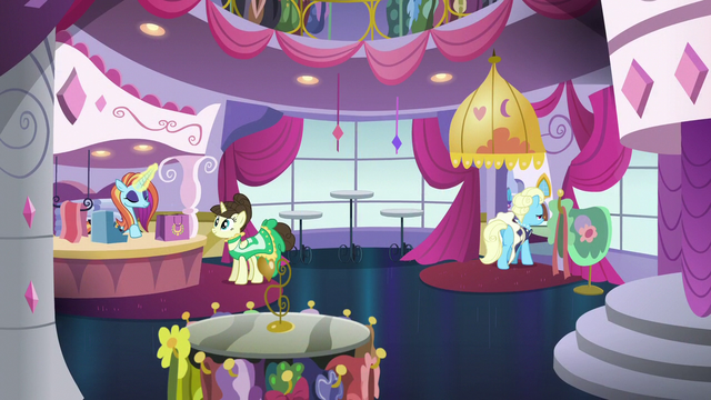 File:Inside the Canterlot Carousel S5E15.png