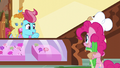 "Mrs. Cake ""Oh, em, Pinkie"" S5E19.png"