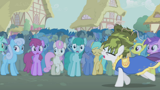 File:Rarity runs away with the shame half 1 S1E06.png