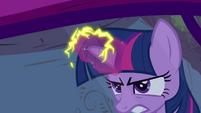 Twilight's electrifying magic S4E26