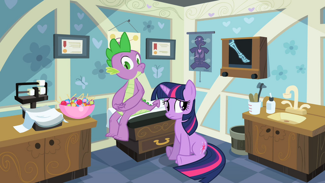 File:Twilight this isn't weird S2E10.png