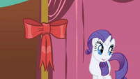 Rarity looking toward Twilight S1E01