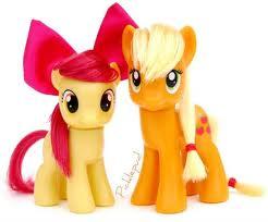 File:Applejack and Apple Bloom toys.jpg