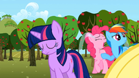 Twilight Pinkie crying S02E15