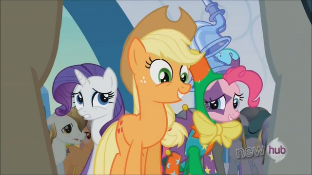 File:Applejack 'On its way!' S3E2.png