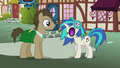DJ Pon-3 nods her head at Dr. Hooves S5E9.png