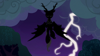 Shadowy creature in the thundery sky S6E15
