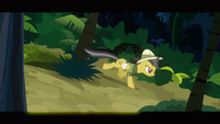 Daring Do dodging trees S2E16