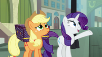 "Rarity ""you're in the big city now"" S5E16"