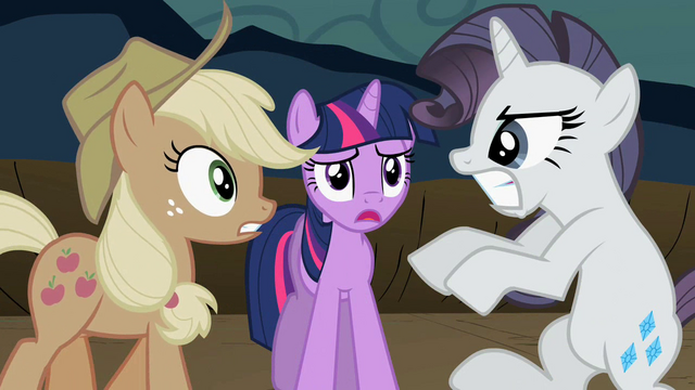 File:Rarity fighting Applejack S2E02.png