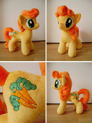 File:FANMADE Golden Harvest plushie.png