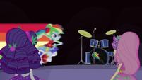 Rainbow Dash speeding onto the stage EG4