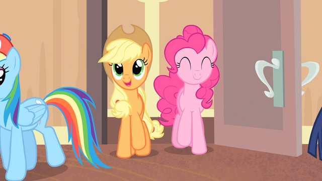 File:Applejack and Pinkie enters the room S4E08.png