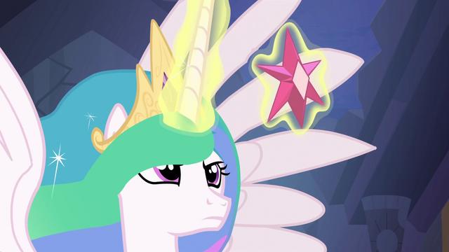 File:Princess Celestia with the Element of Magic S4E02.png
