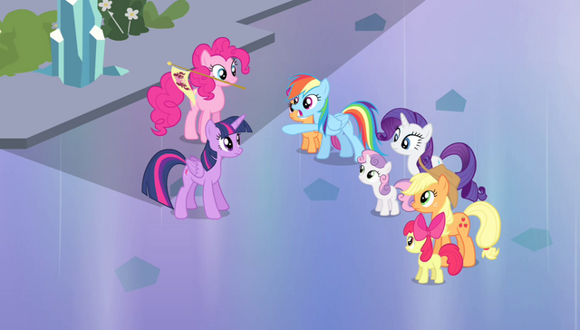 File:Rainbow sees Spike approaching S4E24.png