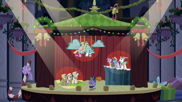 File:Spike & ponies in play S2E11.png