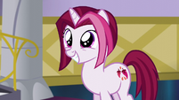 Posh Pony excited to have her Princess Dress S5E14