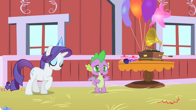 File:Rarity dancing S01E25.png