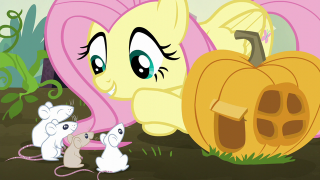 File:Fluttershy talking to the mice S5E23.png