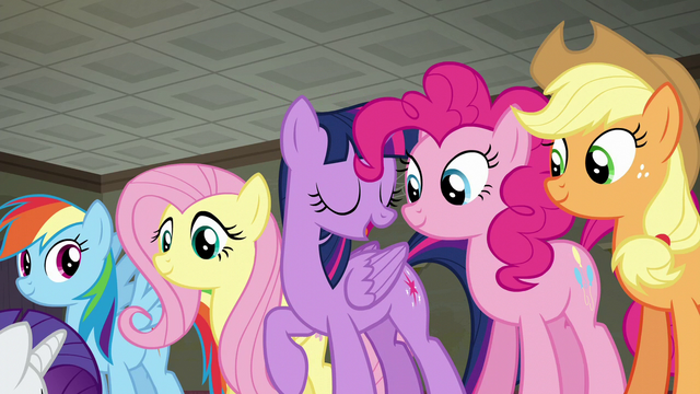 "File:Twilight ""done this kind of thing before"" S6E9.png"