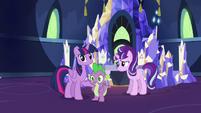Twilight and Spike hears Applejack S5E26